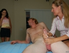 mother-daughter-handjov-1747