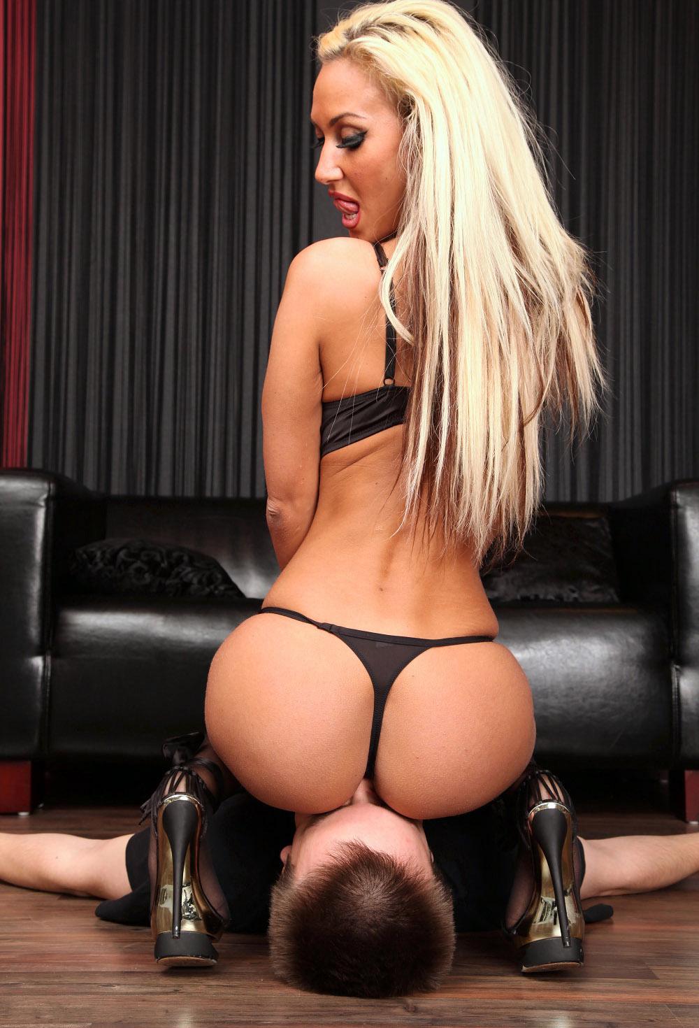 Perfect Ass Facesitting-4322