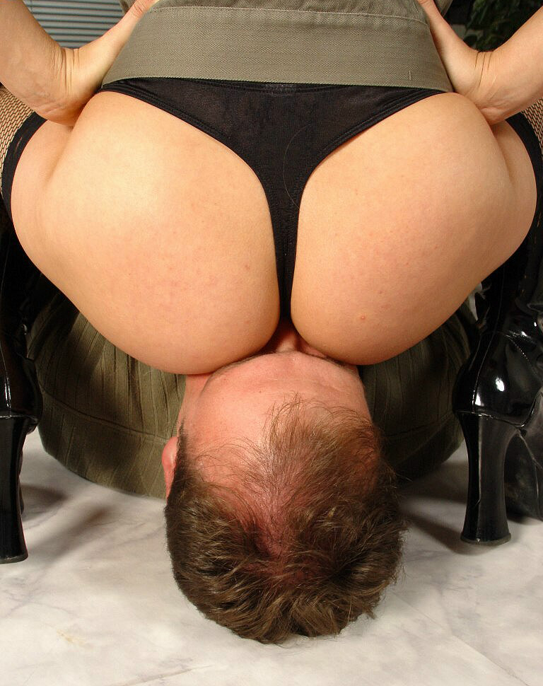 Click Here For More Facesitting Mistresses