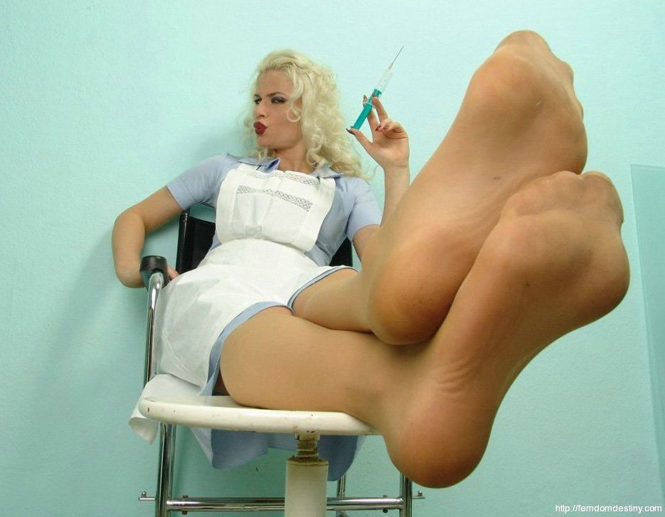 Femdom Nurse Posing-5728