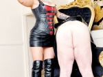 mistress-on-throne-8