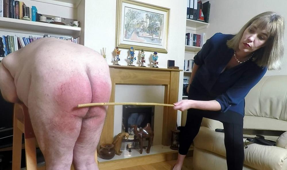 Ultimate milf spanking