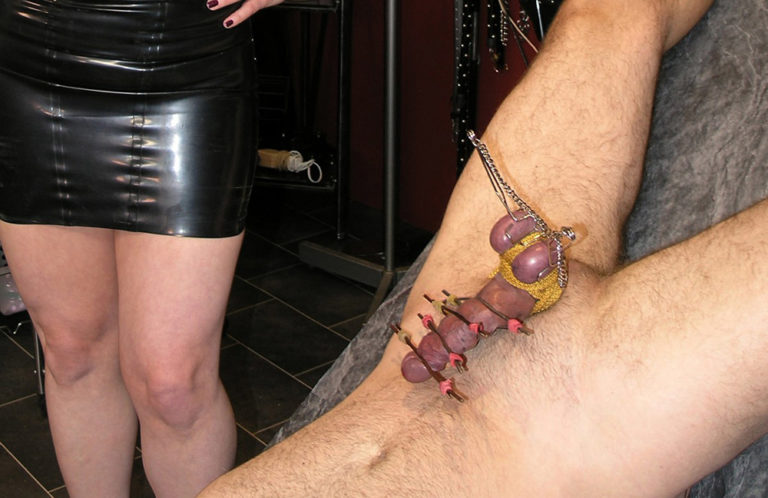 cock-ball-torture-party-liz-robertson-pussy