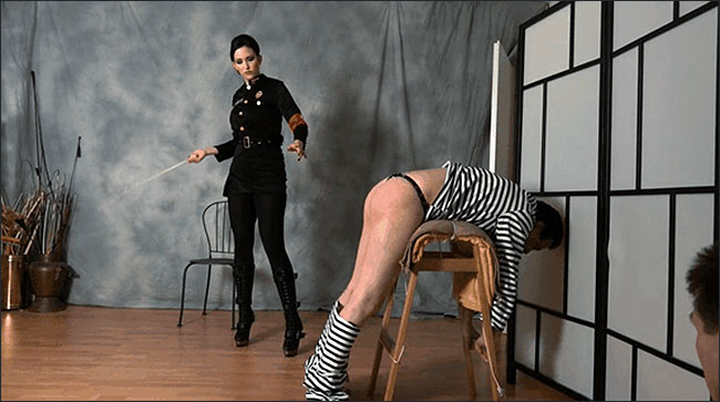 Whipping Male Slave