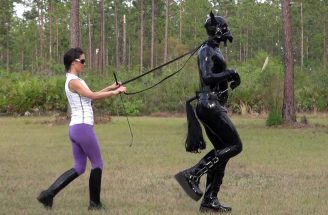 Dominatrix training pony slave